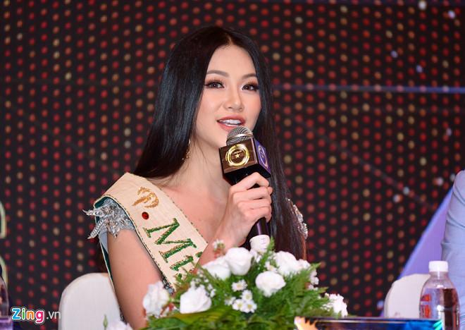 hoa hau phuong khanh khong duoc mang vuong mien ve viet nam