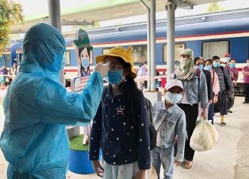 Quảng Ngãi, Bình Định lập nhiều chốt kiểm tra y tế