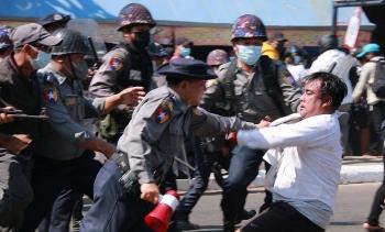 Liên Hợp Quốc cảnh báo quân đội Myanmar
