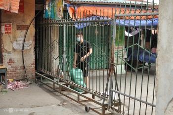 Phong tỏa khu dân cư có ca nghi nhiễm là thợ xây