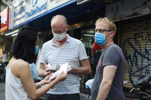 Nhiều trang fanpage giả mạo Bộ Y tế để bán khẩu trang phòng Covid-19