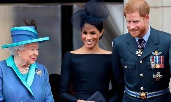 Nữ hoàng Anh sắp gọi điện cho Harry và Meghan