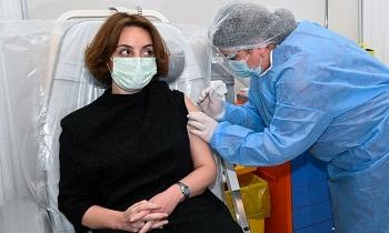Gần 121 triệu ca Covid-19 toàn cầu, WHO khuyên tiếp tục tiêm vaccine AstraZeneca