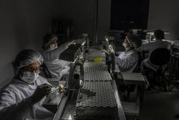 Brazil chìa tay với Huawei trong cơn khát vaccine Covid-19