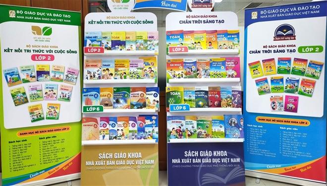 Nhà xuất bản Giáo dục Việt Nam bỏ hai bộ SGK: 'Sự lãng phí đau xót về chất xám' - 2