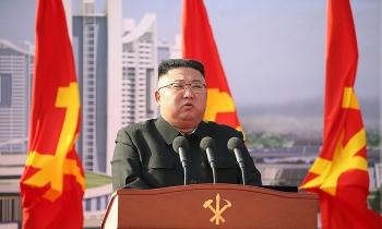 Kim Jong-un khởi công xây 10.000 căn hộ chung cư