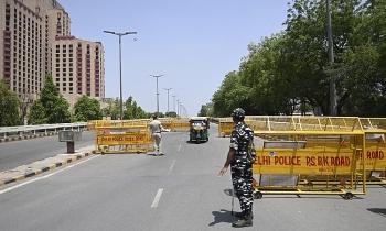 Ấn Độ phong tỏa thủ đô
