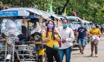 Việt Nam hỗ trợ khẩn Lào 500.000 USD chống Covid-19