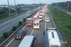 Cao tốc TP.HCM- Trung Lương hư hỏng nặng, chi 30 tỷ