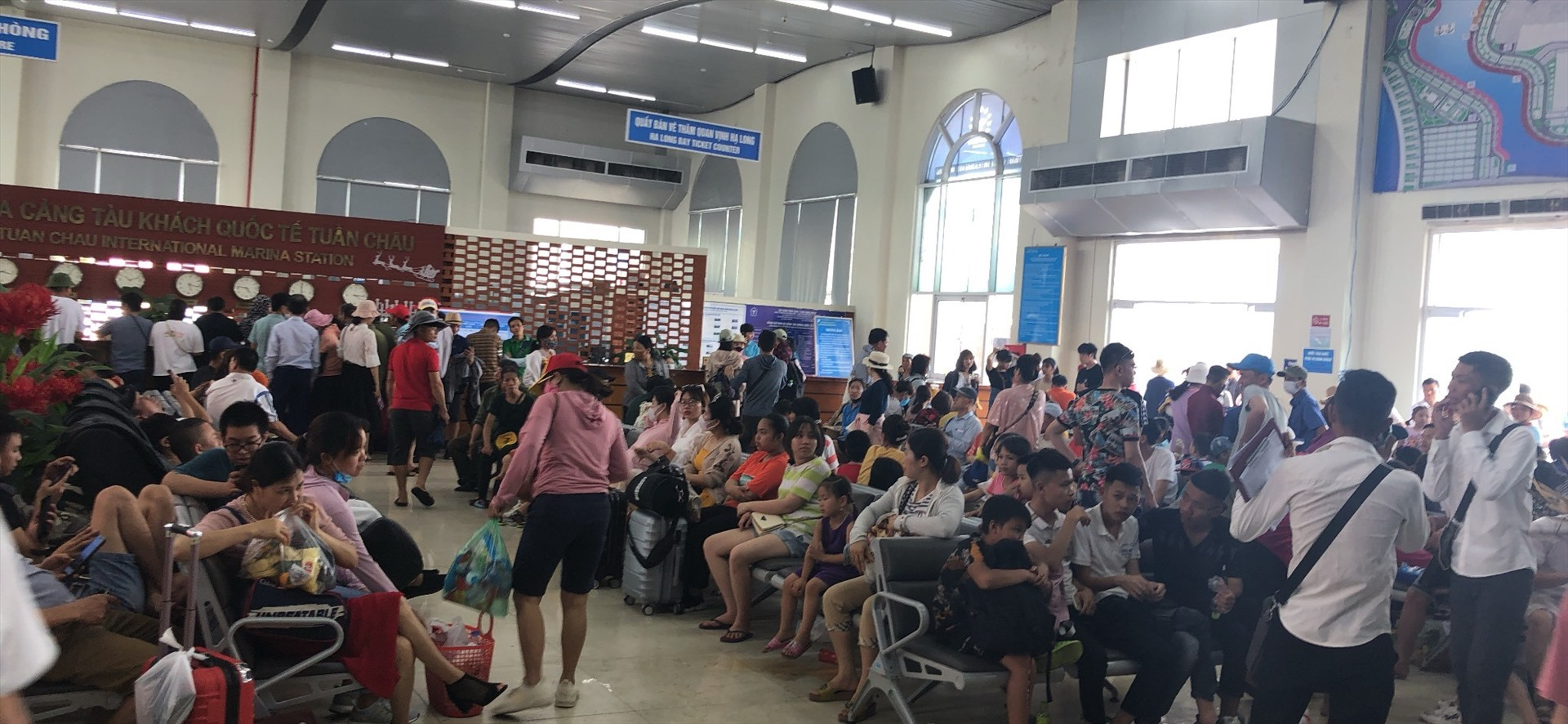 Gần 17.000 khách thăm vịnh Hạ Long/ngày: Bằng mức cao điểm trước dịch