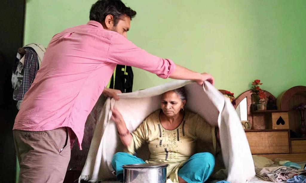 Cuộc chiến 48 giờ cứu bố mẹ giữa đại dịch ở Ấn Độ