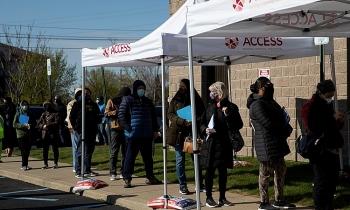 Mỹ tặng tiền lôi kéo dân tiêm vaccine Covid-19