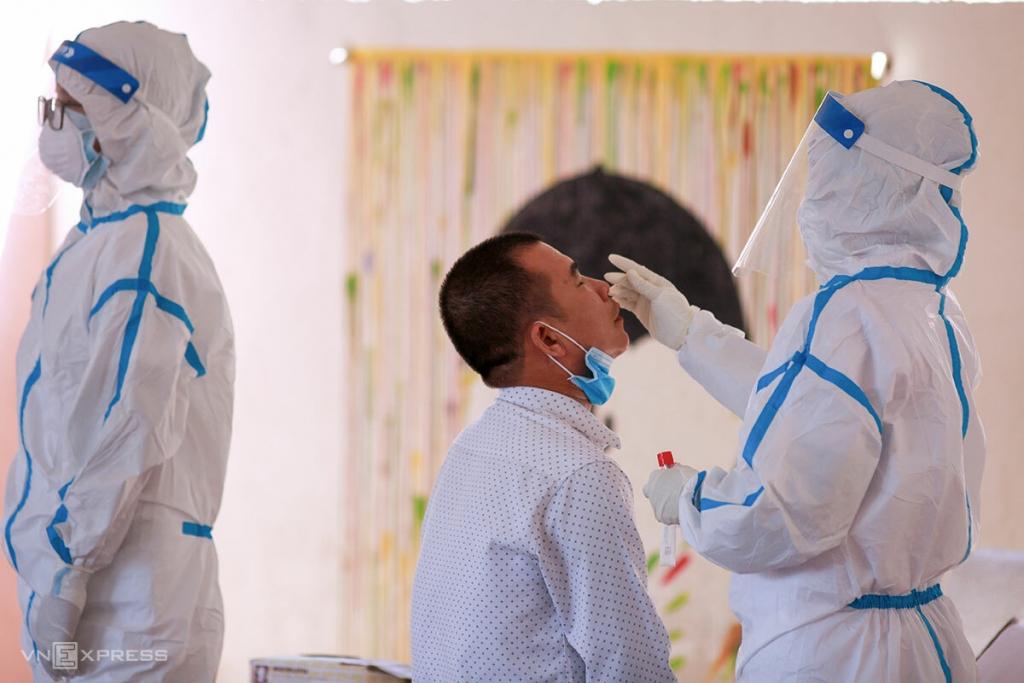 Chuỗi nghi nhiễm ở thẩm mỹ viện Đà Nẵng nối dài thêm