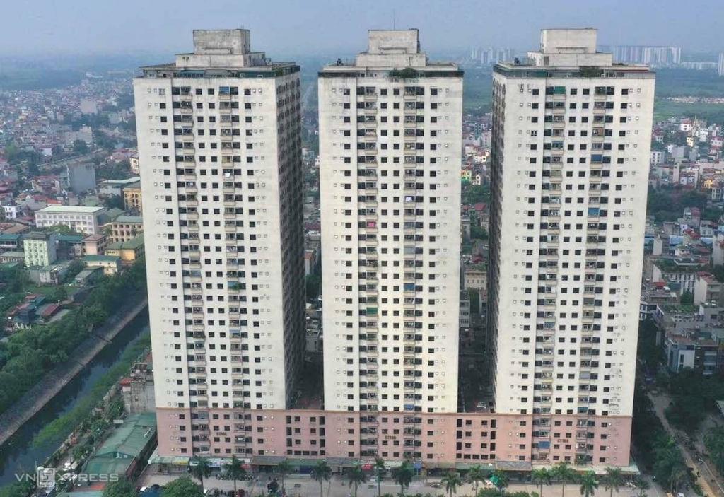 Hà Nội phong tỏa một tòa nhà ở chung cư Đại Thanh