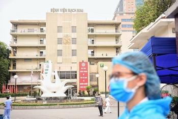 Bệnh viện Bạch Mai cách ly 19 y bác sĩ tiếp xúc ca Covid-19