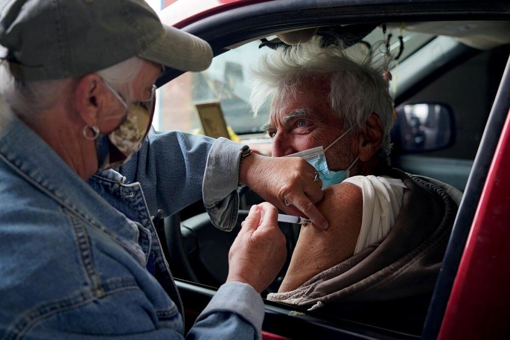 Mỹ đau đầu xử lý vaccine thừa - VnExpress