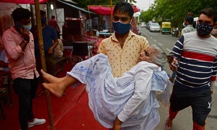 Sai lầm khiến Ấn Độ thiếu oxy giữa Covid-19