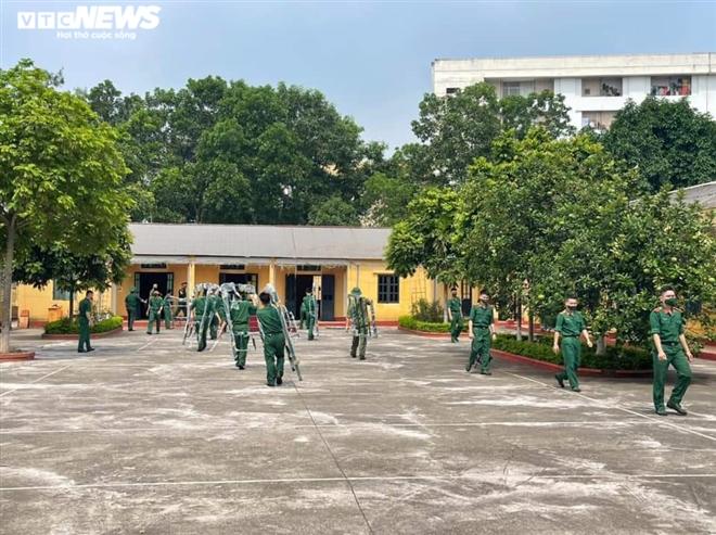 Quân đội lập 2 bệnh viện dã chiến ở Bắc Giang, Bắc Ninh - 1
