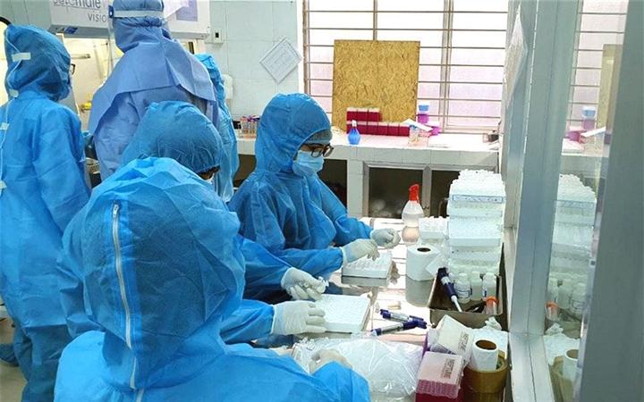 TP.HCM ghi nhận thêm 51 người nhiễm SARS-CoV-2 - 1
