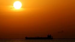 Tàu chở dầu thứ 5 Iran vượt trừng phạt của Mỹ đến Venezuela an toàn