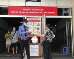 Bệnh viện Bạch Mai quyết không để người nhà vật vờ thăm nuôi