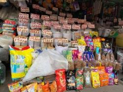 TPHCM: Gạo ngon nhất thế giới ST25 bán tràn lan, khó phân biệt thật giả