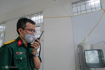 Chỉ huy phòng xét nghiệm Covid-19 công suất lớn nhất nước