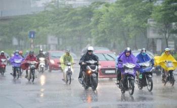 Bắc Bộ chuyển mưa dông, chấm dứt đợt nắng nóng trên 40 độ C