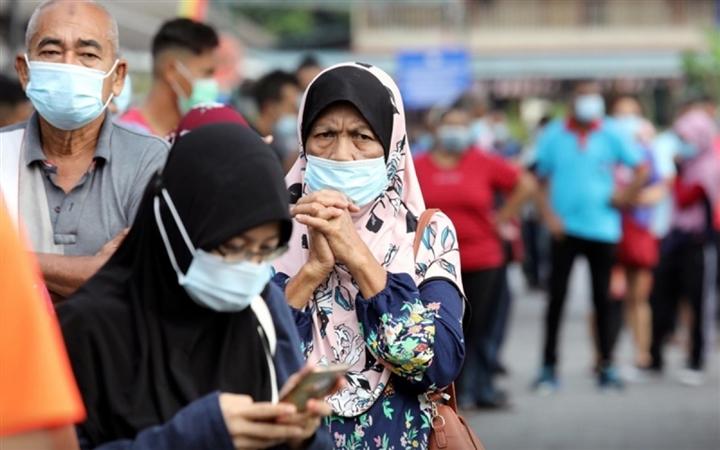 Tỷ lệ lây nhiễm COVID-19 ở Malaysia vượt xa Ấn Độ - 2