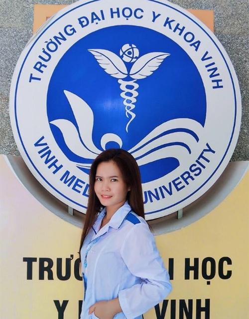 Sinh viên Lào xung phong chống dịch ở Việt Nam
