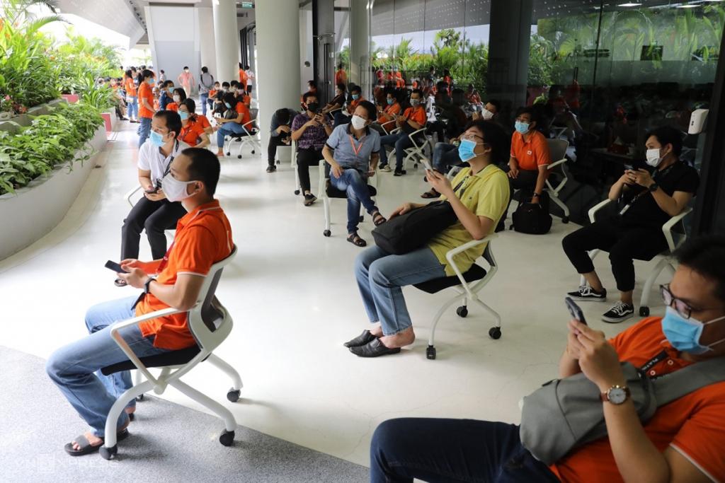 500 nhân viên khu công nghệ cao khởi đầu chiến dịch tiêm chủng lớn nhất lịch sử - VnExpress