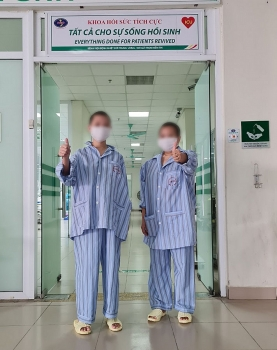 Hai bệnh nhân Covid-19 từng nguy kịch hồi phục