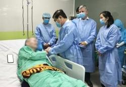 Báo chí thế giới ca ngợi Việt Nam chữa trị cho phi công Anh mắc COVID-19