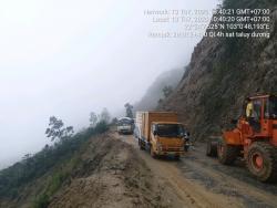 Mưa lớn ở Lai Châu khiến nhiều tuyến đường sạt lở, 31 hộ bị dân ảnh hưởng
