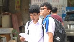 Đề thi chuyên khó, nhiều thí sinh Hà Nội lo không qua được điểm 5