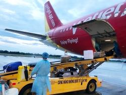 """Những chuyến bay """"giải cứu"""" mở đầu cho các đường bay quốc tế trở lại"""