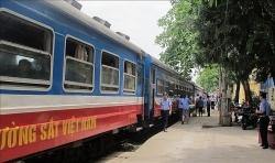 Đường sắt lập thêm tàu từ Đà Nẵng đi Hà Nội và Sài Gòn