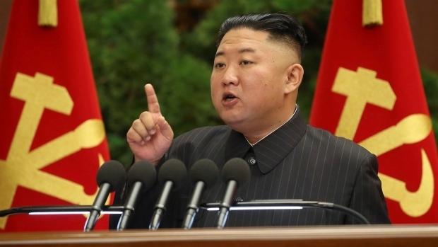 Tình báo Hàn Quốc: Ông Kim Jong-un chưa tiêm vaccine COVID-19 - 1