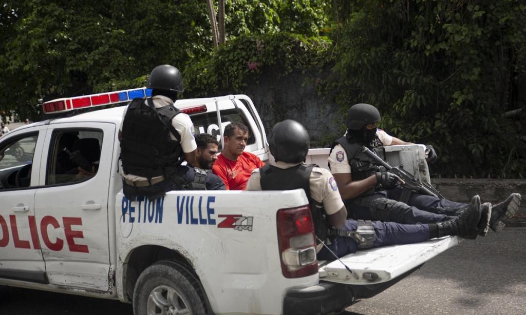 Chiến dịch truy lùng nhóm ám sát Tổng thống Haiti