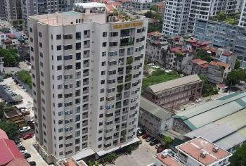 Hà Nội cách ly một tầng chung cư ở quận Thanh Xuân