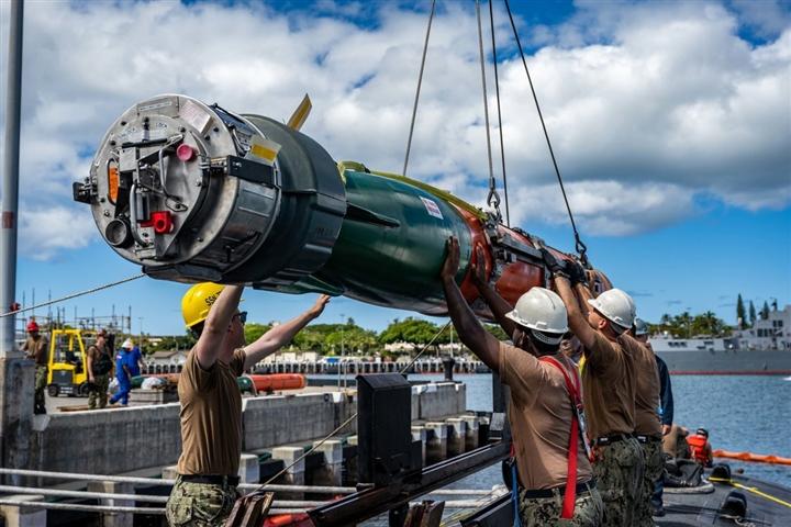 Tàu ngầm tấn công mới của Mỹ trị giá 6 tỷ USD, sở hữu thiết kế đặc biệt - 3