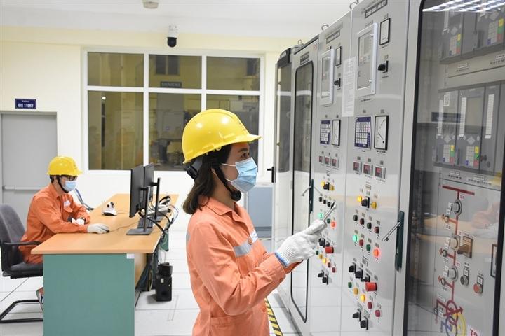 EVNHANOI đảm bảo cấp điện ổn định trong thời gian Hà Nội thực hiện giãn cách - 1