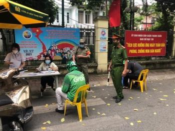 Hà Nội xử phạt hơn 1,5 tỷ đồng trong 3 ngày đầu thực hiện Chỉ thị 17