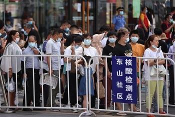 Trung Quốc ghi nhận số ca nhiễm COVID-19 cao nhất trong nửa năm qua
