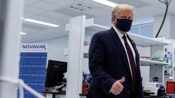 Tổng thống Donald Trump: Vaccine Covid-19 có thể xuất hiện trước bầu cử
