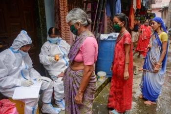 Chưa đầy 10 ngày, Ấn Độ tăng thêm nửa triệu ca mắc COVID-19