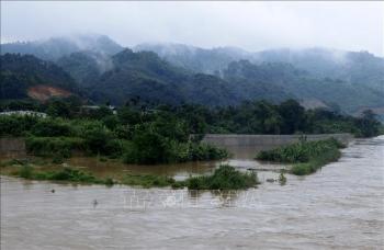 Trung Quốc xả lũ hồ thủy điện Mã Đổ Sơn, mực nước sông Hồng tiếp tục lên