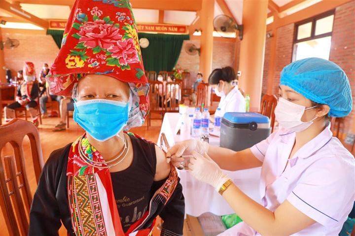 TP Móng Cái đã tiêm vaccine COVID-19 cho 31% dân số