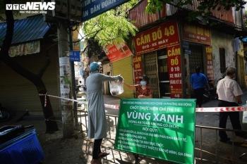 Các địa phương ở Hà Nội được chủ động ra lệnh giới nghiêm khu vực nhiều ca F0