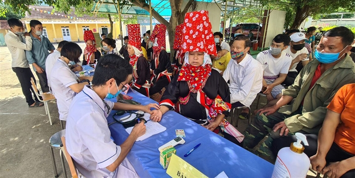 TP Móng Cái đã tiêm vaccine COVID-19 cho 31% dân số  - 4